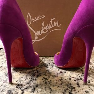 Christian Louboutin - So Kate Suede